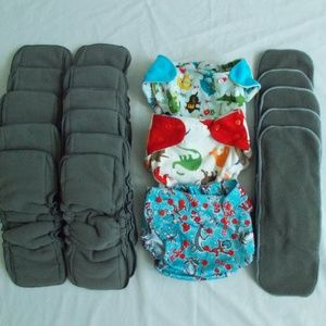 3 Cloth Diaper Covers with 16  charcoal liners